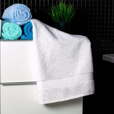 Ajoss Bavlnený uterák bielej farby 100x50cm