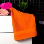Bavlnený uterák pastelovo oranžovej farby
